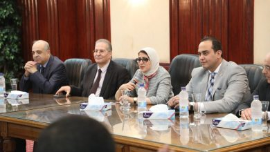 Photo of وزيرة الصحة للاطباء الجدد: أتفهم قلقكم ومخاوفكم ونظام وقانون التكليف لم يتغيير