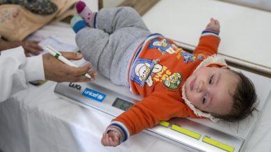 Photo of وزيرة الصحة تطلق الحملة القومية للتطعيم ضد شلل الاطفال من حى الاسمرات